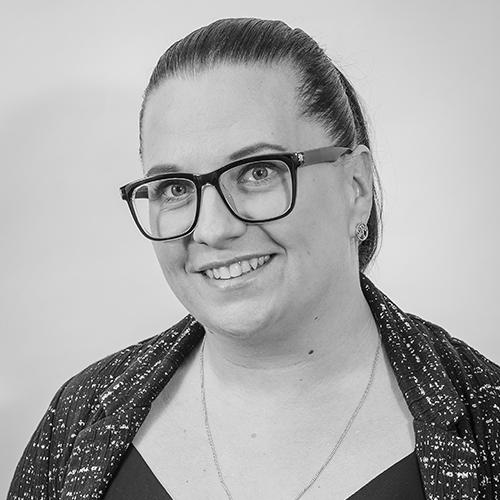 Lara Stewart